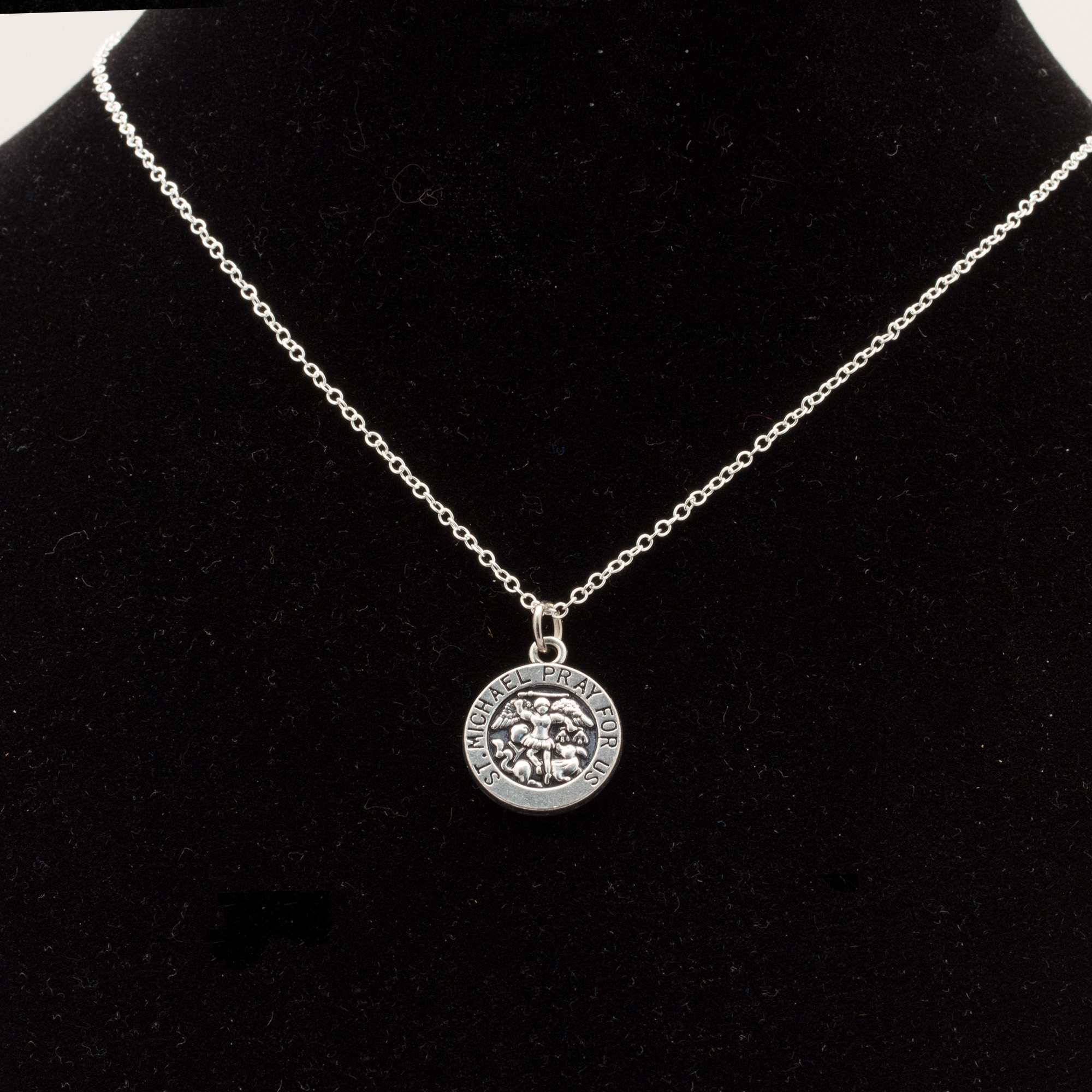 16 Quot To 24 Quot Silver Plated Mens Amp Womens St Michael Pendant